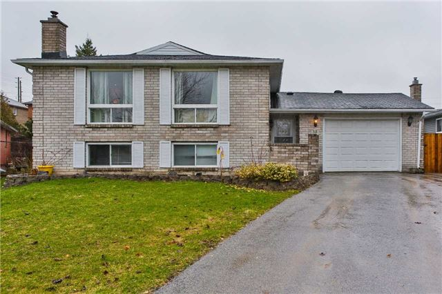 Detached at 38 Sinclair Crt, Barrie, Ontario. Image 1