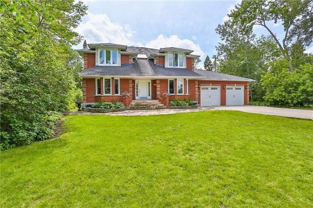Detached at 11 Winter Crt, Springwater, Ontario. Image 1