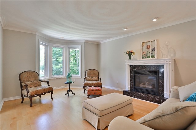 Detached at 11 Winter Crt, Springwater, Ontario. Image 12