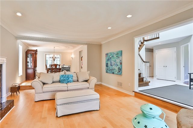 Detached at 11 Winter Crt, Springwater, Ontario. Image 14