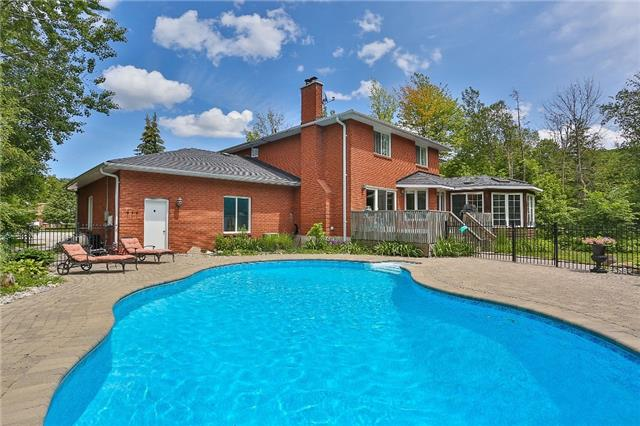 Detached at 11 Winter Crt, Springwater, Ontario. Image 11