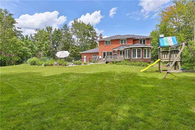 Detached at 11 Winter Crt, Springwater, Ontario. Image 13