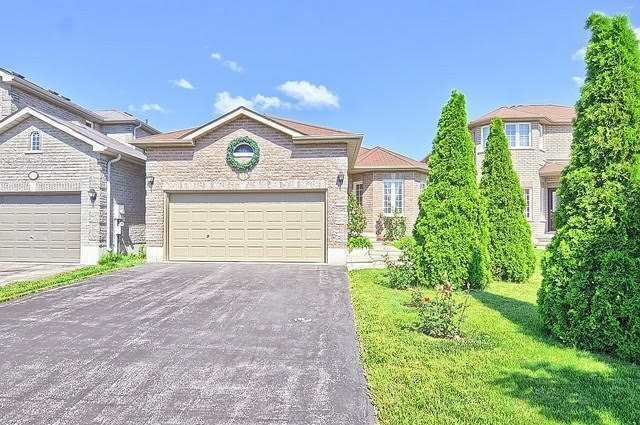 Detached at 55 Penvill Tr, Barrie, Ontario. Image 1