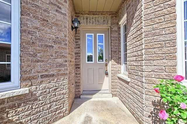 Detached at 55 Penvill Tr, Barrie, Ontario. Image 14