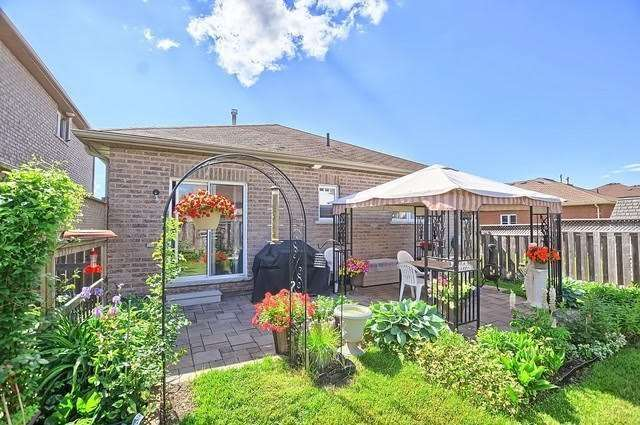 Detached at 55 Penvill Tr, Barrie, Ontario. Image 13