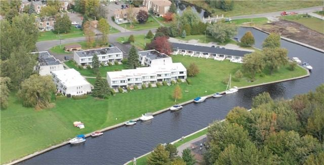 Condo Townhouse at 1 Paradise Blvd, Unit Unit 27, Ramara, Ontario. Image 1