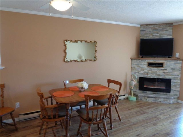 Condo Townhouse at 1 Paradise Blvd, Unit Unit 27, Ramara, Ontario. Image 2