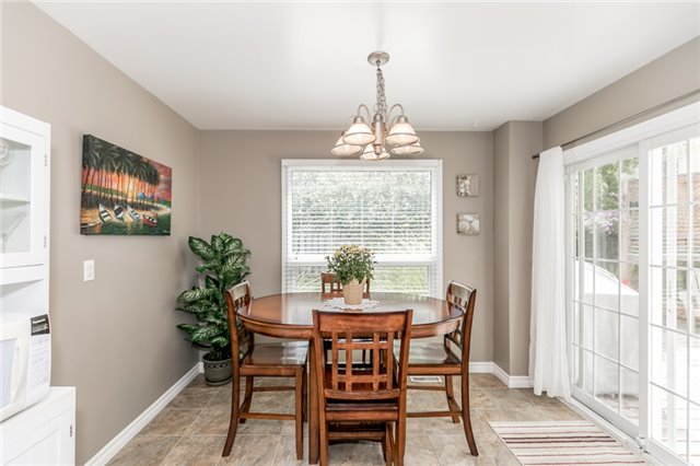 Detached at 60 Hadden Cres, Barrie, Ontario. Image 19