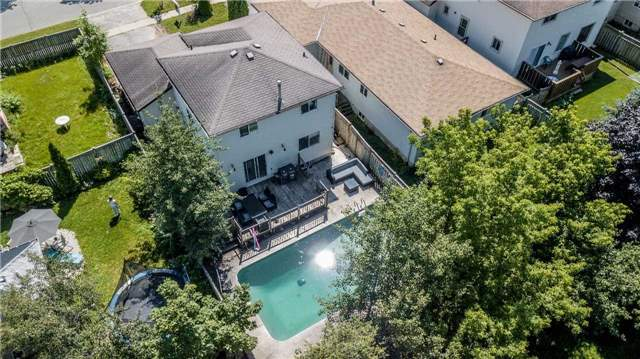 Detached at 332 Hickling Tr, Barrie, Ontario. Image 12