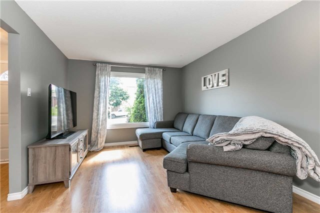 Detached at 332 Hickling Tr, Barrie, Ontario. Image 15