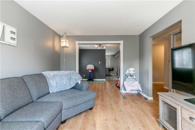 Detached at 332 Hickling Tr, Barrie, Ontario. Image 16