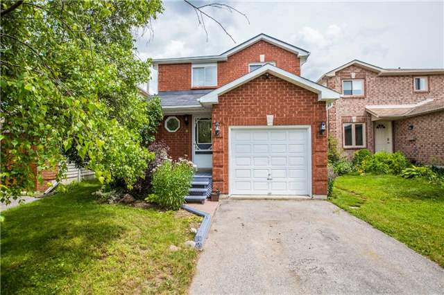 Detached at 9 Palling Lane, Barrie, Ontario. Image 1