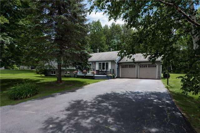 Detached at 18 Hickory Lane, Oro-Medonte, Ontario. Image 1