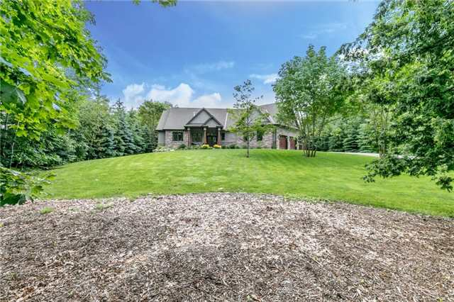 Detached at 83 Goldfinch Cres, Tiny, Ontario. Image 1