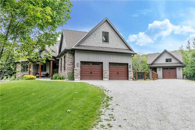 Detached at 83 Goldfinch Cres, Tiny, Ontario. Image 12