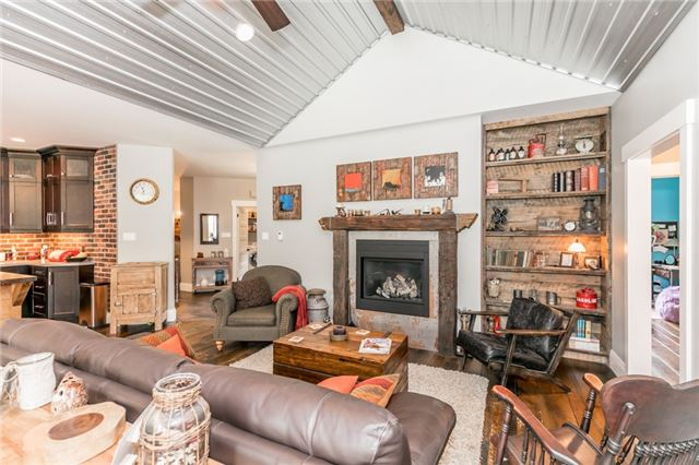 Detached at 83 Goldfinch Cres, Tiny, Ontario. Image 20