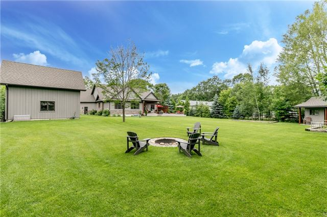 Detached at 83 Goldfinch Cres, Tiny, Ontario. Image 9