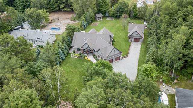 Detached at 83 Goldfinch Cres, Tiny, Ontario. Image 13