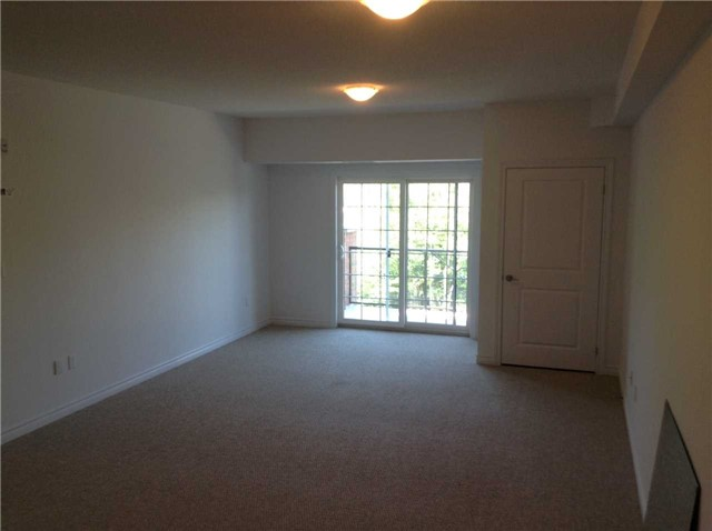 Condo Apartment at 7 Greenwich St, Unit 408, Barrie, Ontario. Image 6