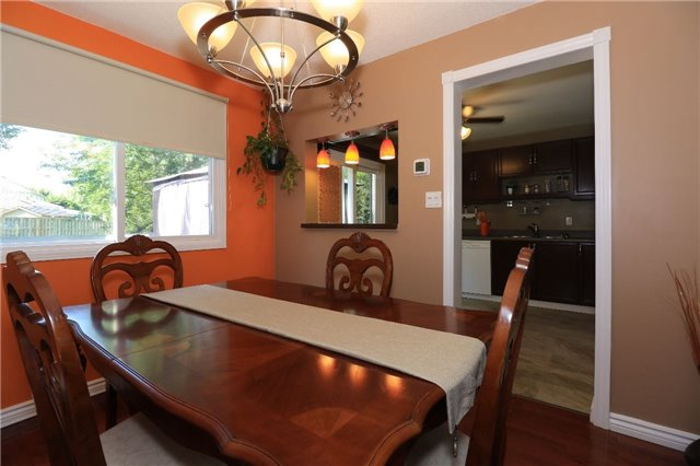 Detached at 21 D'ambrosio Dr, Barrie, Ontario. Image 13