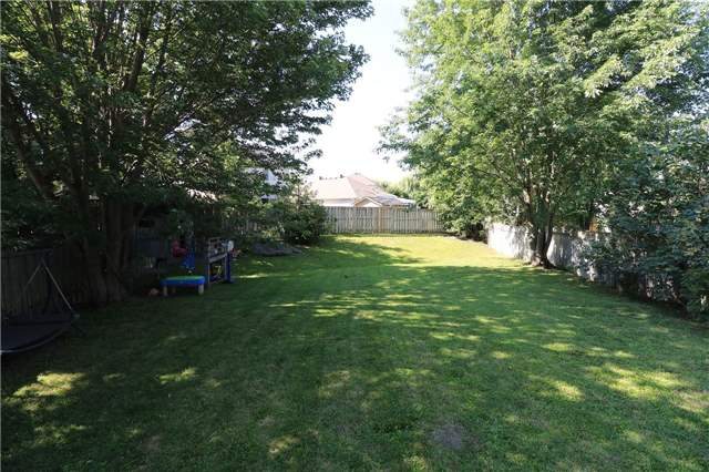 Detached at 21 D'ambrosio Dr, Barrie, Ontario. Image 8