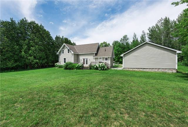 Detached at 867 7 Line S, Oro-Medonte, Ontario. Image 8