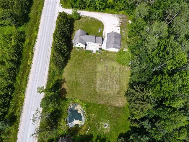 Detached at 867 7 Line S, Oro-Medonte, Ontario. Image 10