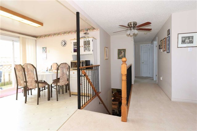 Detached at 3 Hickling Tr, Barrie, Ontario. Image 5