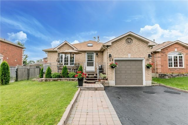 Detached at 8 Twiss Dr, Barrie, Ontario. Image 1