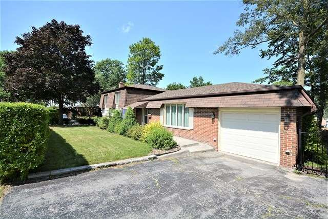 Detached at 27 Farmingdale Cres, Barrie, Ontario. Image 1