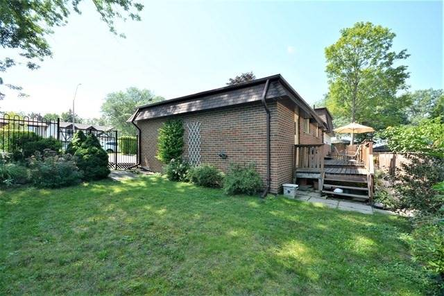 Detached at 27 Farmingdale Cres, Barrie, Ontario. Image 9