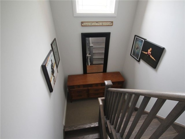 Townhouse at 376 Blake St, Unit 11, Barrie, Ontario. Image 4