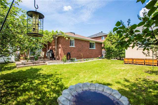 Detached at 65 Kraus Rd, Barrie, Ontario. Image 11