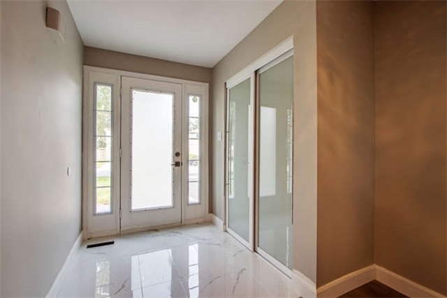 Detached at 7 Patricia Ave, Barrie, Ontario. Image 10