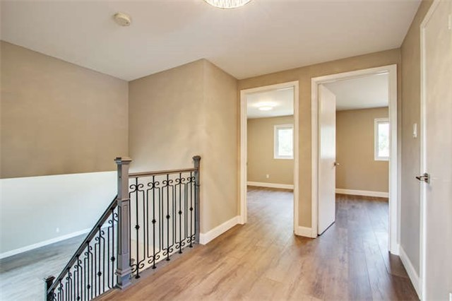 Detached at 7 Patricia Ave, Barrie, Ontario. Image 16