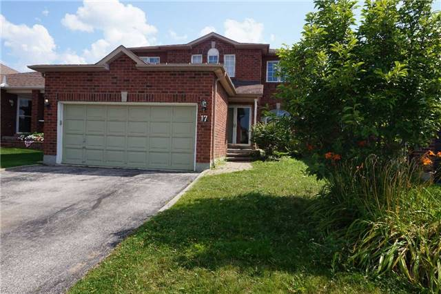 Detached at 17 Wice Rd, Barrie, Ontario. Image 1