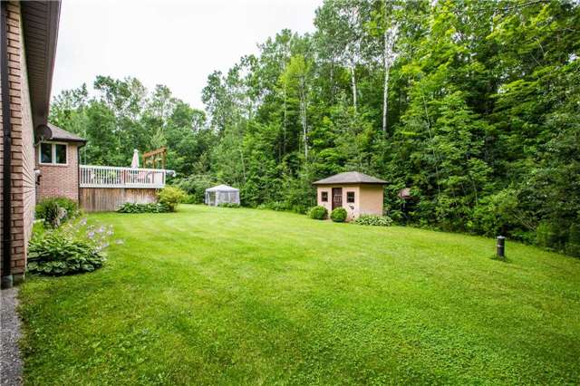 Detached at 13 Woods Dr, Springwater, Ontario. Image 13