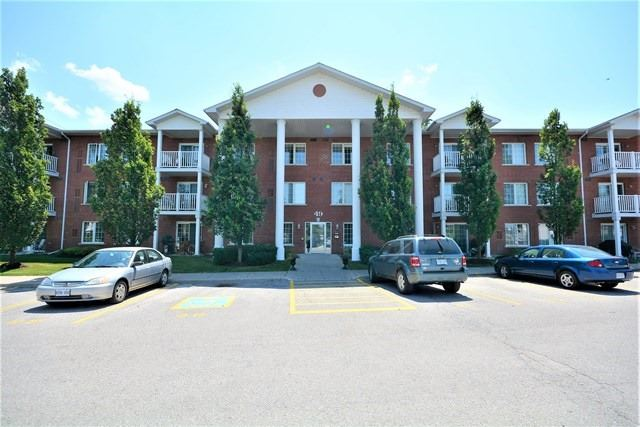 Condo Apartment at 49 Jacobs Terr, Unit 309, Barrie, Ontario. Image 1
