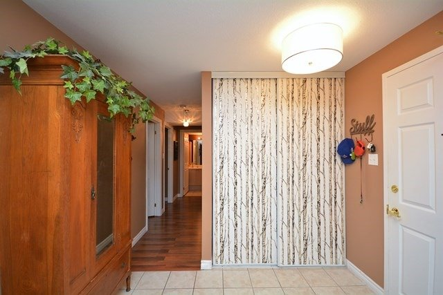 Condo Apartment at 49 Jacobs Terr, Unit 309, Barrie, Ontario. Image 12