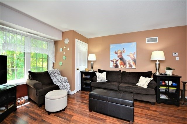 Condo Apartment at 49 Jacobs Terr, Unit 309, Barrie, Ontario. Image 14