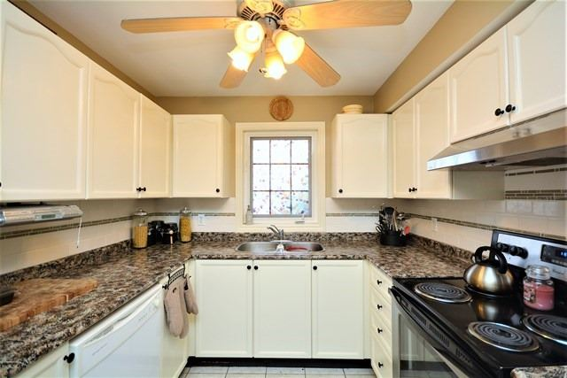 Condo Apartment at 49 Jacobs Terr, Unit 309, Barrie, Ontario. Image 16