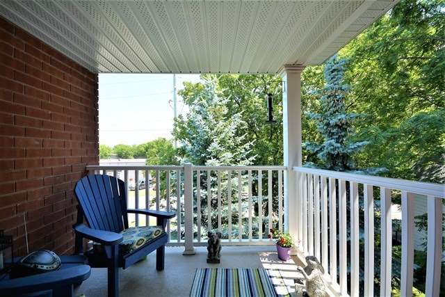 Condo Apartment at 49 Jacobs Terr, Unit 309, Barrie, Ontario. Image 8