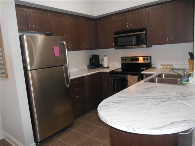 Condo Apartment at 44 Ferndale Dr S, Unit 103, Barrie, Ontario. Image 8