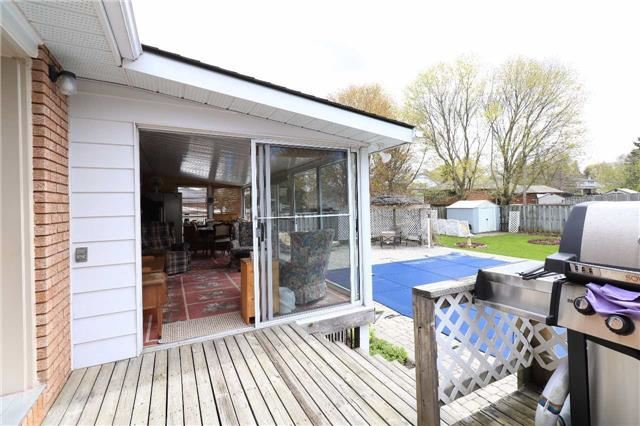 Detached at 41 Springhome Rd, Barrie, Ontario. Image 6