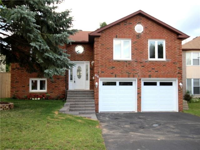 Detached at 96 Shakespeare Cres, Barrie, Ontario. Image 1
