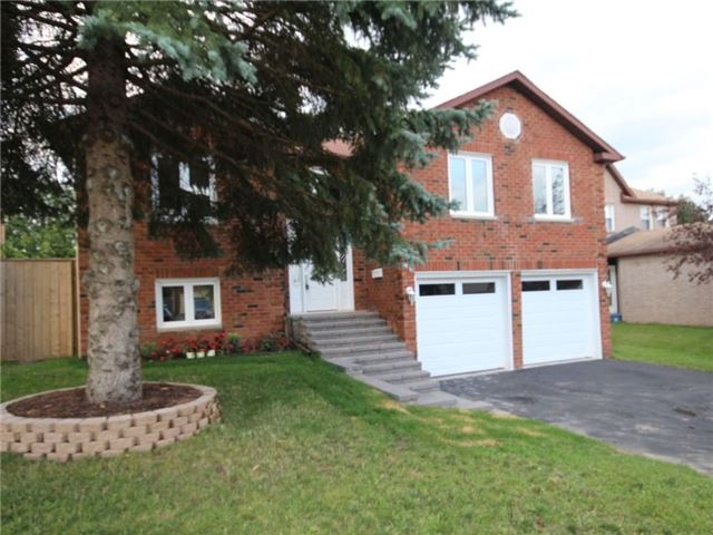 Detached at 96 Shakespeare Cres, Barrie, Ontario. Image 12