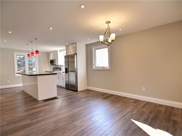 Detached at 96 Shakespeare Cres, Barrie, Ontario. Image 20