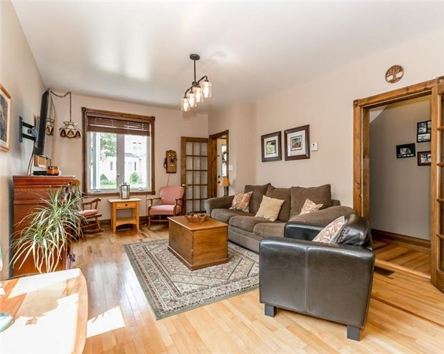 Detached at 61 Park St, Barrie, Ontario. Image 20