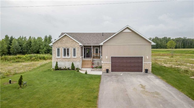 Detached at 158 Switzer St, Clearview, Ontario. Image 12