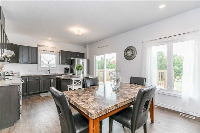 Detached at 158 Switzer St, Clearview, Ontario. Image 17